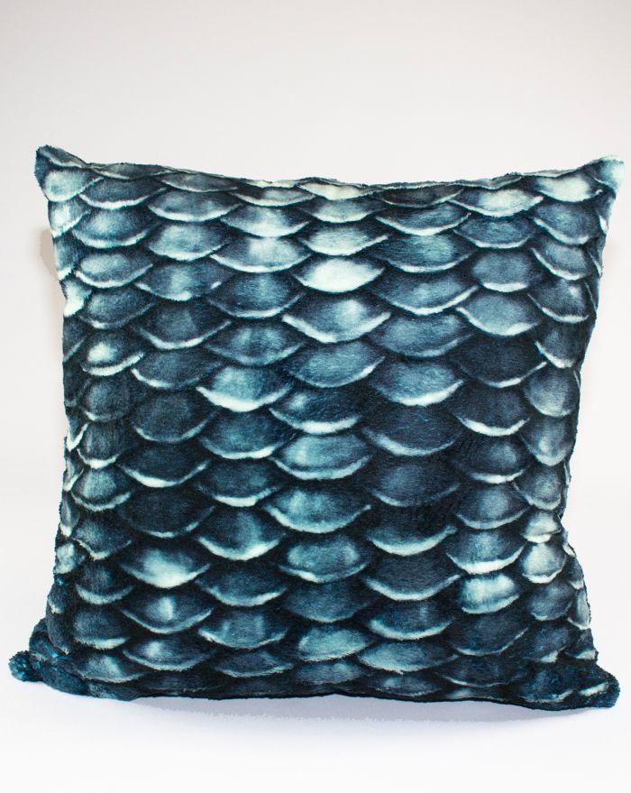 Black Pearl Throw Pillow 22''