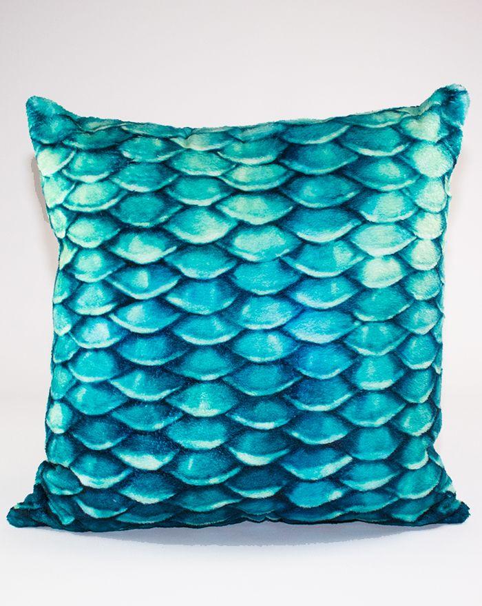 Caribbean Dream Throw Pillow 22''
