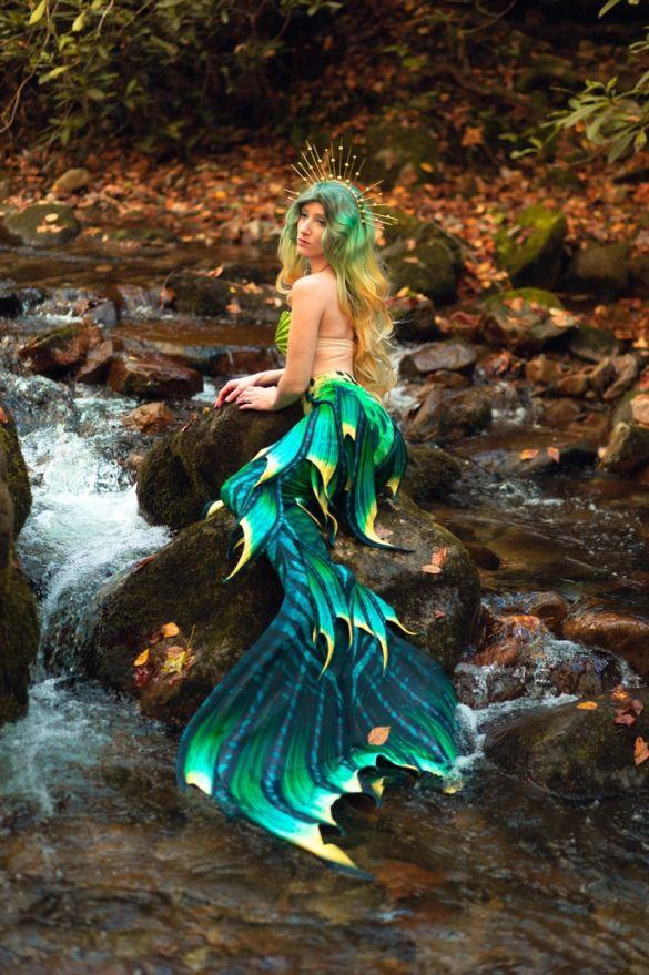"Lagoona Emeralda Whimsy Fantasea Tail ""Three"""